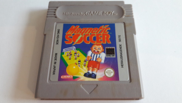 Magnetic Soccer - Game Boy