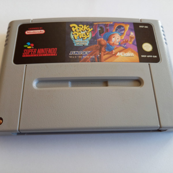Porky Pigs - Haunted Holiday - SNES