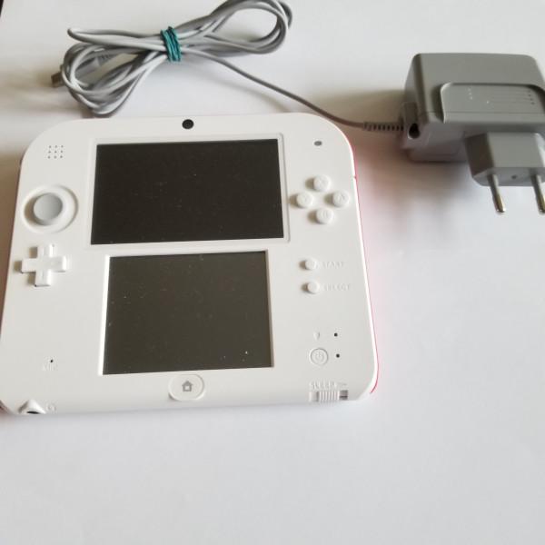 Nintendo 2DS Konsole Weiss-Rot