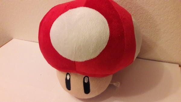 Roter Pilz - Plüschfigur - Gross